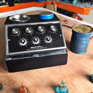The 'Magnarad 700' - Radionics Unit.