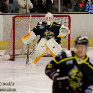 1st Jan - Guildford Flames 7-3 Bracknell Bees